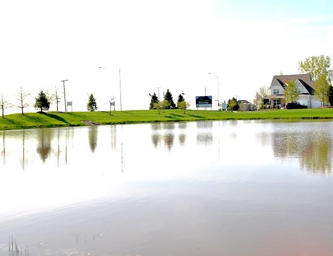 Scenery at Stewart Ridge in Plainfield, IL